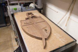 Noten houten Wapenschild